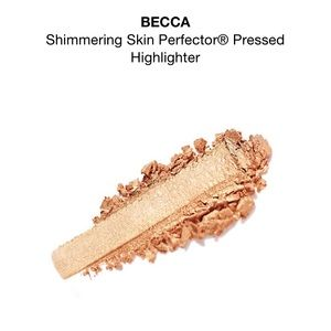 BECCA Makeup - NWOT travel size Becca Champagne Pop highlighter